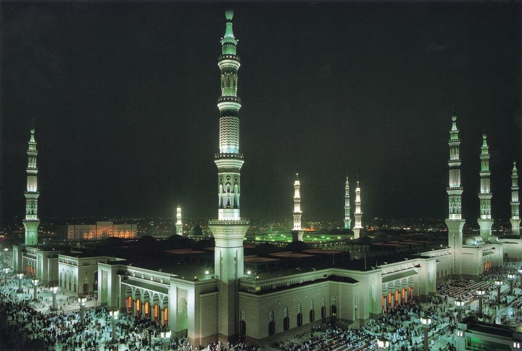 Islamic_Wallpapers-89.jpg_Madina_16 night